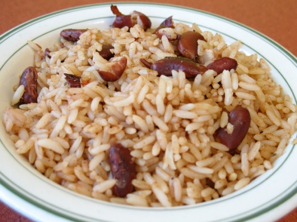 Arroz al estilo antillano