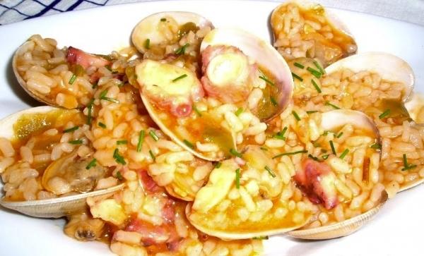 Arroz con pulpo almejas y gambas the cook monkeys - Arroz con gambas y almejas ...