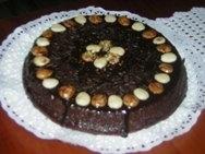 Bizcocho con chocolate y almendras