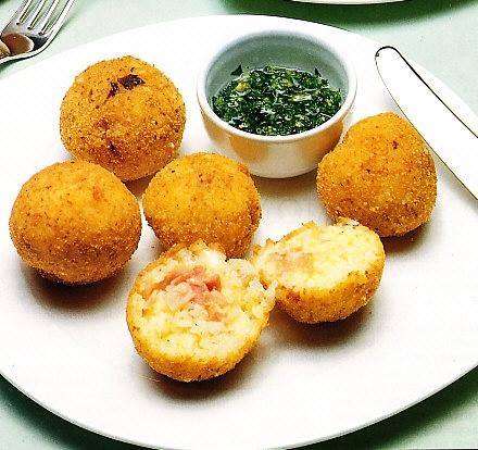 Bolas de arroz con queso