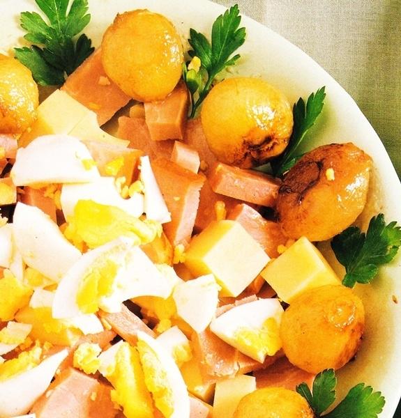 Ensaladilla de jamón y queso
