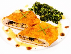Pechuga de pavo rellena de aceitunas y queso