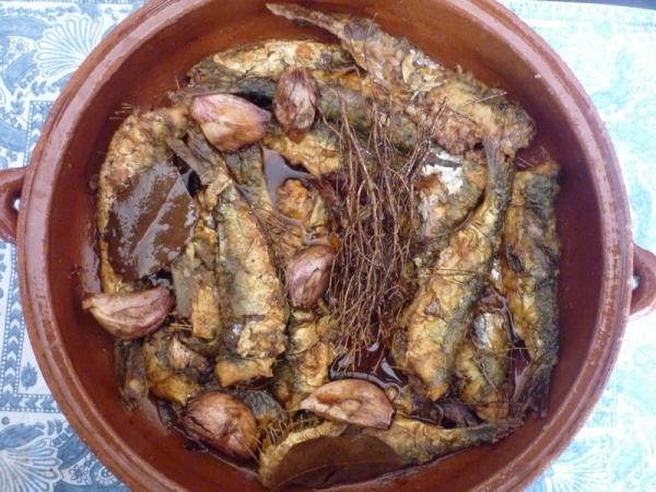 Sardinas escabechadas con hierbas de la Segarra