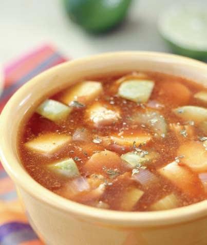 Sopa de pollo y chile ancho