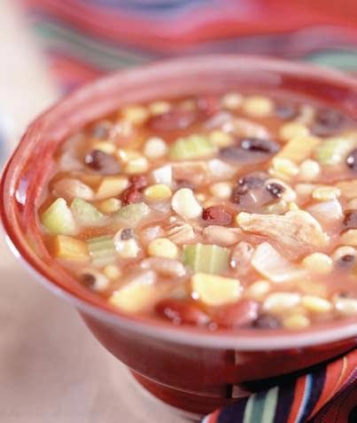 Sopa saludable de frijoles y vegetales