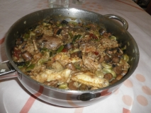 Arroz con pollo conejo y verduras