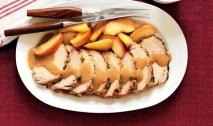 Asado de cerdo con manzana y naranja