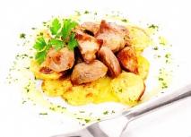 Asado de cerdo con patatas