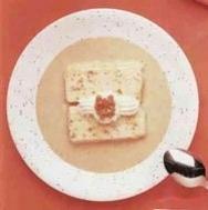 Biscuit de higos con salsa de nueces