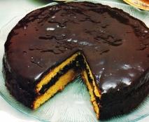 Bizcocho de chocolate y almendras