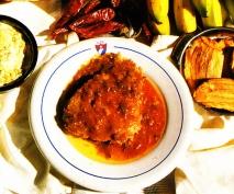 Boliche con banana frita y ensalada Centro Cubano