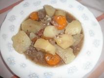 Carne de ternera con patatas en olla rápida