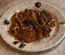 Civet de jabalí con setas de calabaza, vaquetas y negrillas