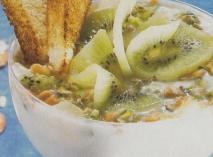 Copa de kiwi y yogur de coco