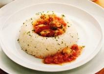 Corona de arroz con pisto