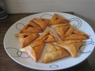 Empanadillas de queso de cabra y sobrasada