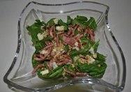 Ensalada de espinacas con bacon