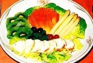Ensalada de langosta con frutas exóticas