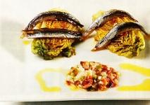 Ensalada templada de cogollos y anchoas