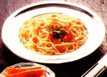 Espaguetis con salsa de salmón