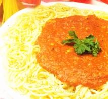 Espaguetis con sardinas en aceite