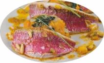 Filetes de salmonete con quenelles de boniato y acelgas