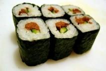 Hosomaki sushi (Pequeños rollitos de sushi)