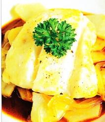Merluza con patatas y ajo y pimienta