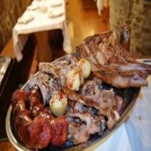 Parrillada de carnes al alioli