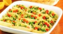 Pasta rellena de verduras al horno