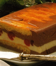 Pastel de chocolate y cerezas