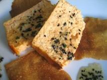 Pastel de escórpora con pasta crujiente y vinagreta de sésamo