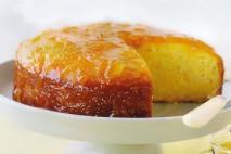Pastel de naranja con jarabe