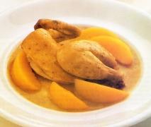Pollo al horno con melocotones en almíbar