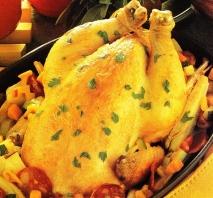 Pollo asado con verduras y chorizo
