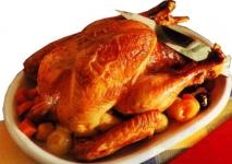 Pollo relleno de trigo