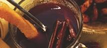 Ponche caliente de ron y café