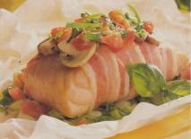 Salmón en papillote con bacon