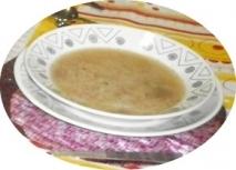 Sopa casera de castañas en olla rápida