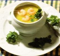 Sopa de berros y trufa