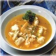 Sopa de pescado de río