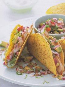 Tacos de pollo con salsa verde picante