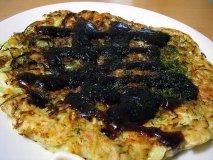 Tortilla de patatas en negro