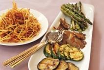 Verduras a la plancha y patatas paja